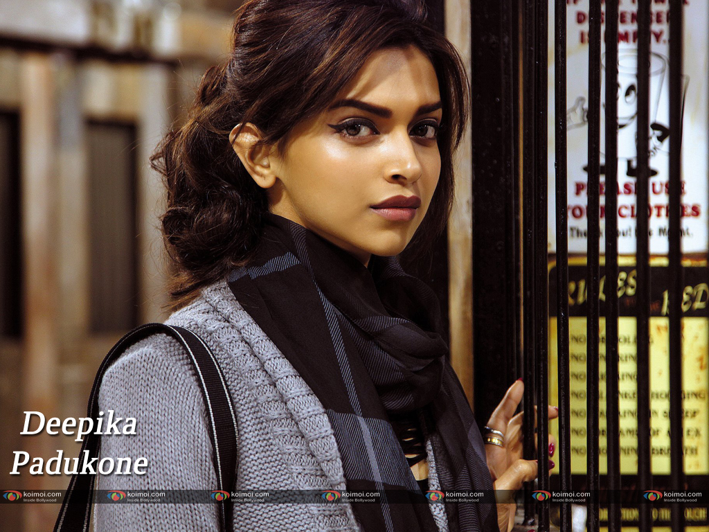 Deepika Padukone Wallpaper 17