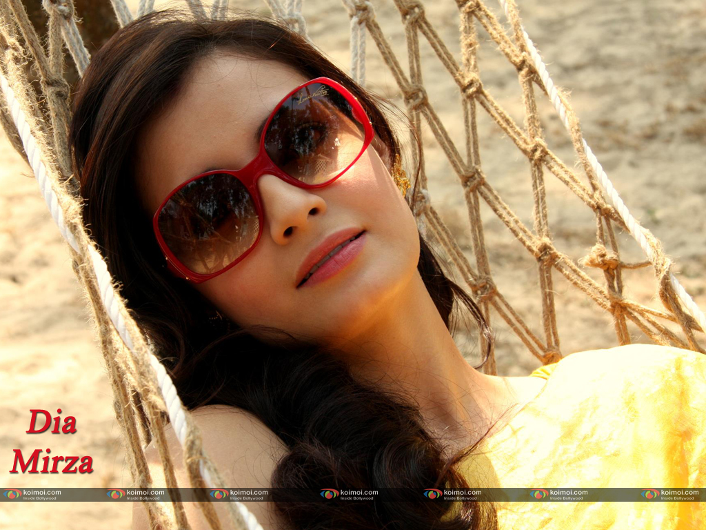 Dia Mirza Wallpaper 7