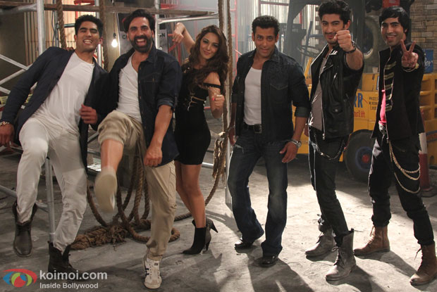 'Fugly' title song still from movie 'Fugly'