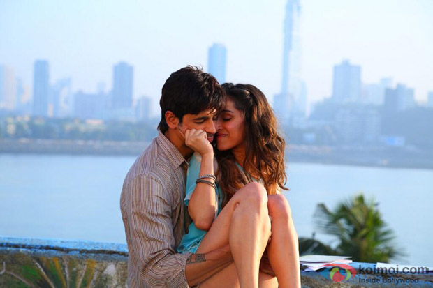 Sidharth Malhotra and Shraddha Kapoor in a still from movie 'Ek Villain'