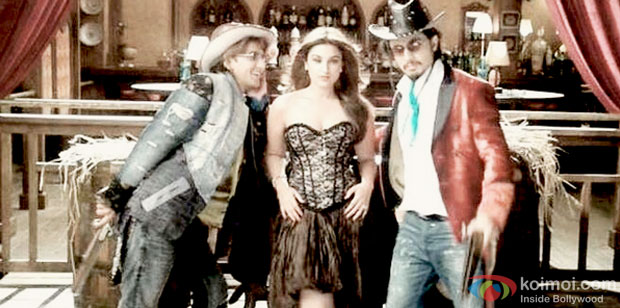 Ranveer Singh, Parineeti Chopra and Ali Zafar in a still from movie 'Kill Dil'