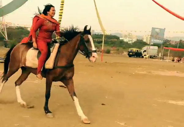 Sonakshi Sinha Riding On A Horse On The Sets Of Movie 'Tevar'