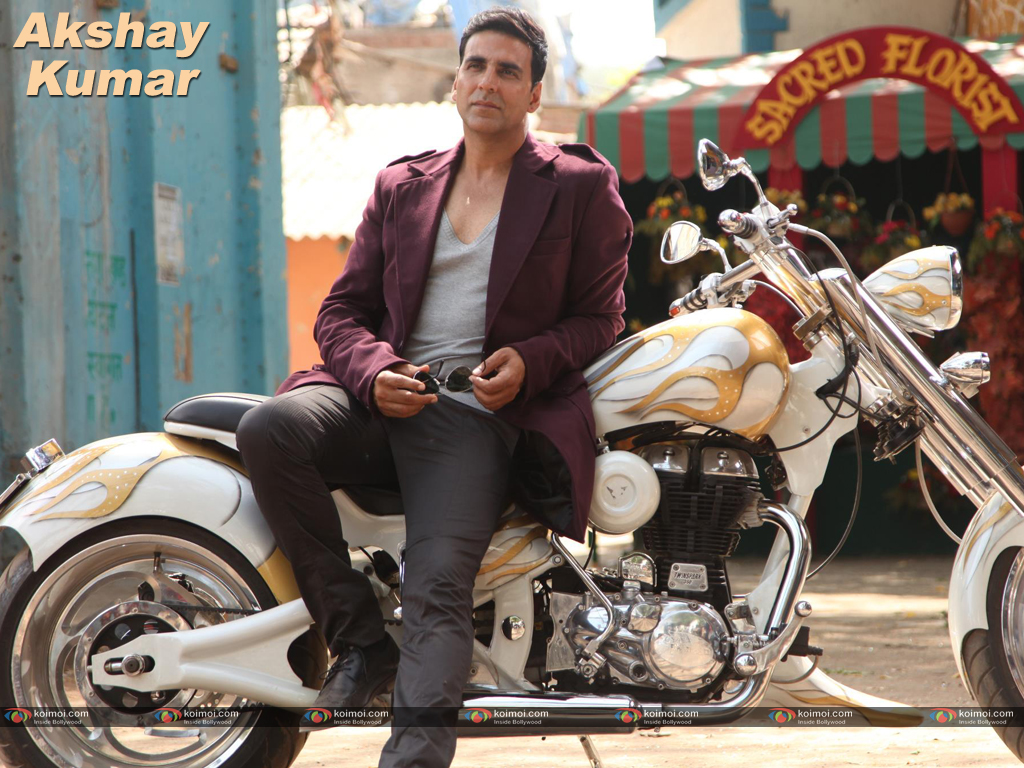 Akshay Kumar Wallpaper 11