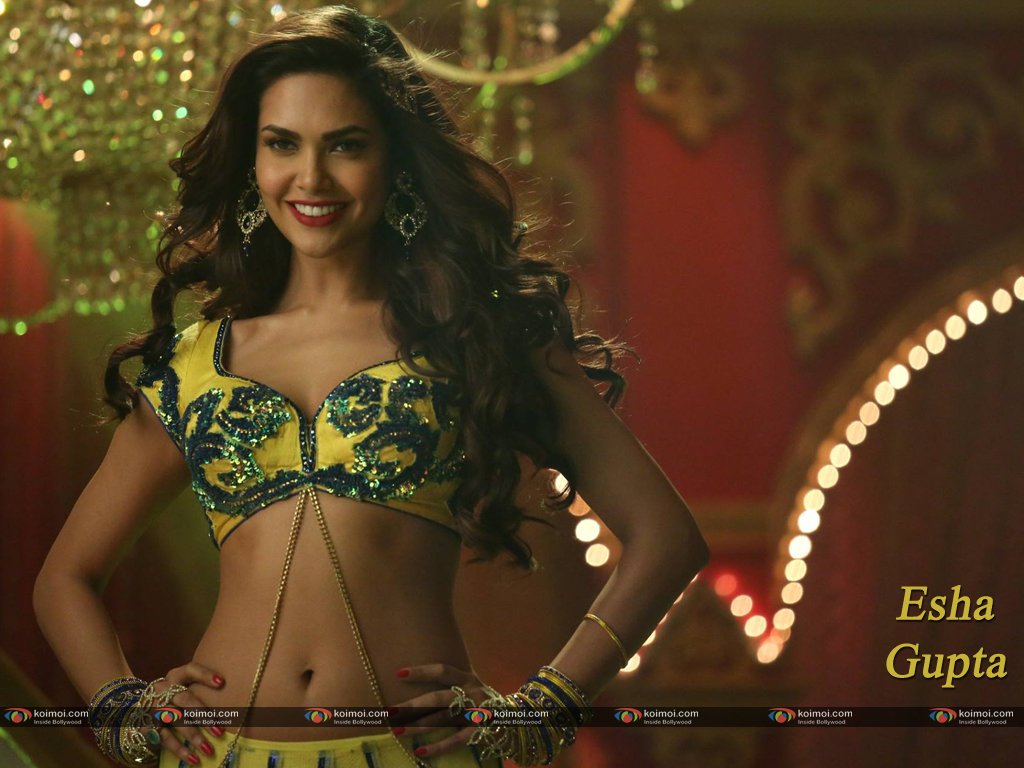 Esha Gupta Wallpaper 5