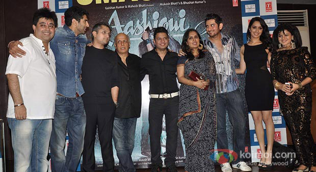 Aashiqui 2's Success Bash