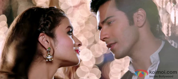 Alia Bhatt and Varun Dhawan in a 'D Se Dance' song still from movie 'Humpty Sharma Ki Dulhania'