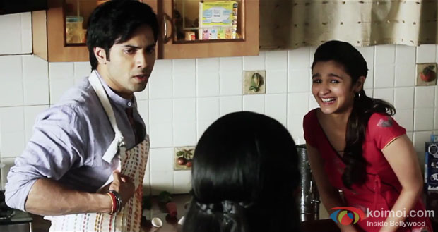 Varun Dhawan and Alia Bhatt in a 'Emotional Fool' Making of Song still from movie 'Humpty Sharma Ki Dulhania'