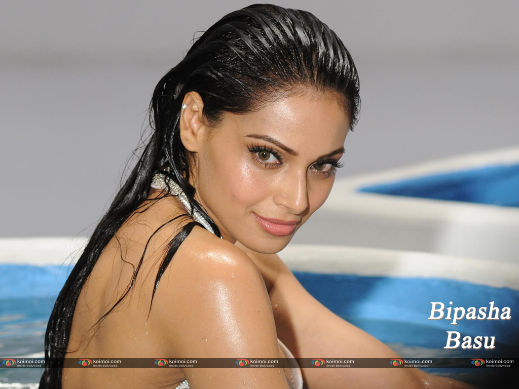 Bipasha Basu Wallpaper 9