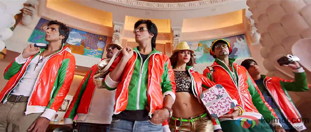 Sonu Sood, Boman Irani, Shah Rukh Khan, Deepika Padukone, Abhishek Bachchan and Vivaan Shah in a still from movie 'Happy New Year'