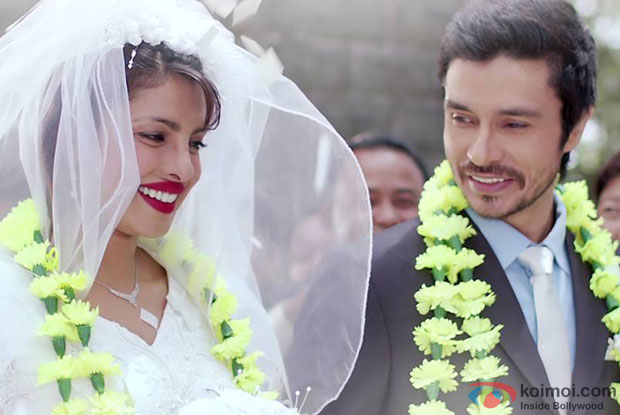 Priyanka Chopra and Darshan Kumaar in a 'Sukoon Mila' still from movie 'Mary Kom'