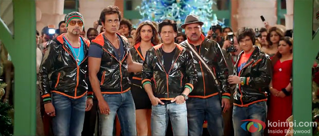 Abhishek Bachchan, Sonu Sood, Deepika Padukone, Shah Rukh Khan, Boman Irani and Vivaan Shah in a still from movie 'Happy New Year'