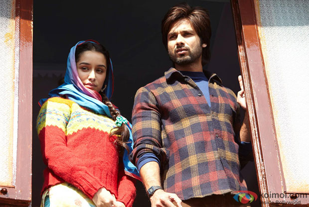 Shraddha Kapoor and Shahid Kapoor in a still from movie 'Haider'