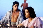 Shah Rukh Khan and Hrishitaa Bhatt in a still from movie 'Asoka'