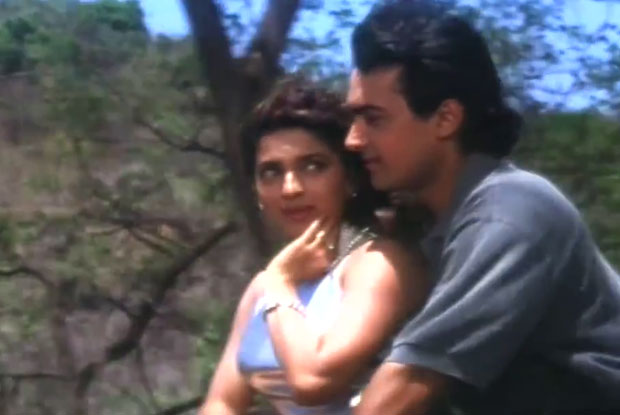 Juhi Chawla and Aamir Khan in a still from movie 'Andaz Apna Apna'