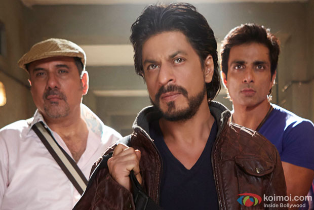 Boman Irani, Shah Rukh Khan and Sonu Sood in a still from movie 'Happy New Year'