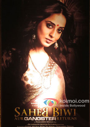 Mahie Gill in a 'Saheb Biwi Aur Gangster Returns' movie poster