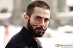 Shahid Kapoor In Haider - Super Hot Look