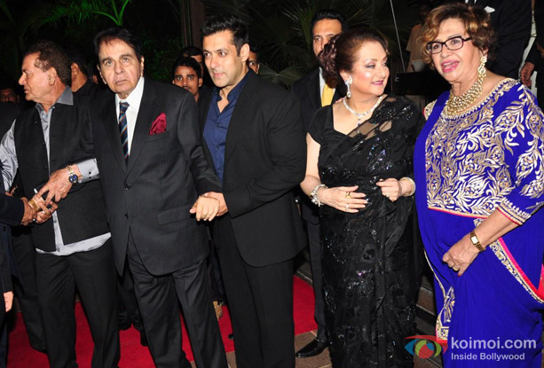 Salim Khan Dilip Kumar Salman Khan Saira Banu And Helen During