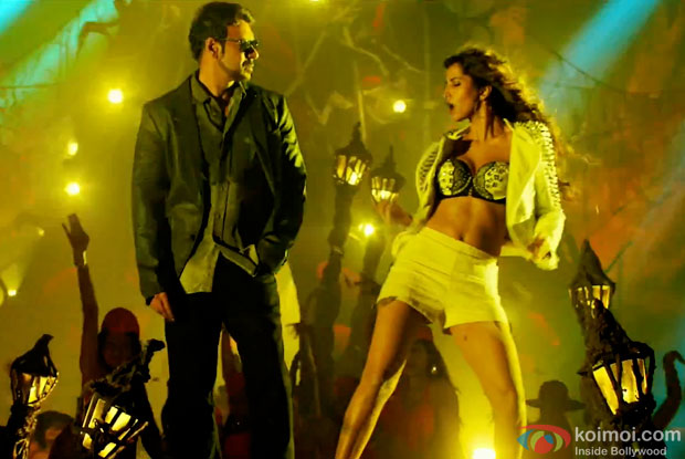 Ajay Devgn and Manasvi Mamgai in a still from movie 'Action Jackson'