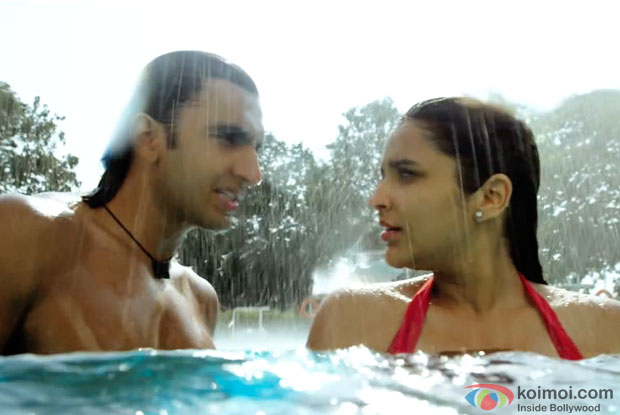 Ranveer Singh and Parineeti Chopra in a still from movie 'Kill Dil'