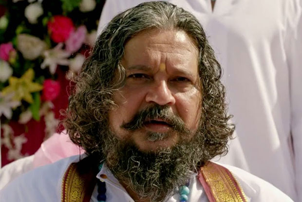 Amole Gupte in a still from movie 'Singham Returns (2014)'