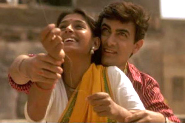 Nandita Das and Aamir Khan in a still from movie 'Earth (1998)'