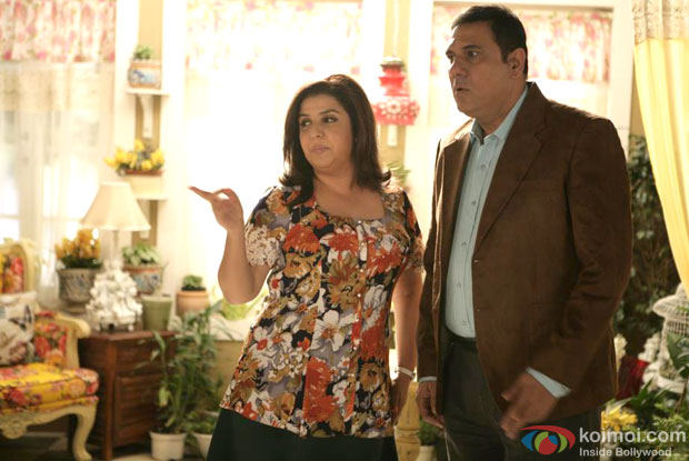 Farah Khan in a still from movie 'Shirin Farhad Ki Toh Nikal Padi (2012)'