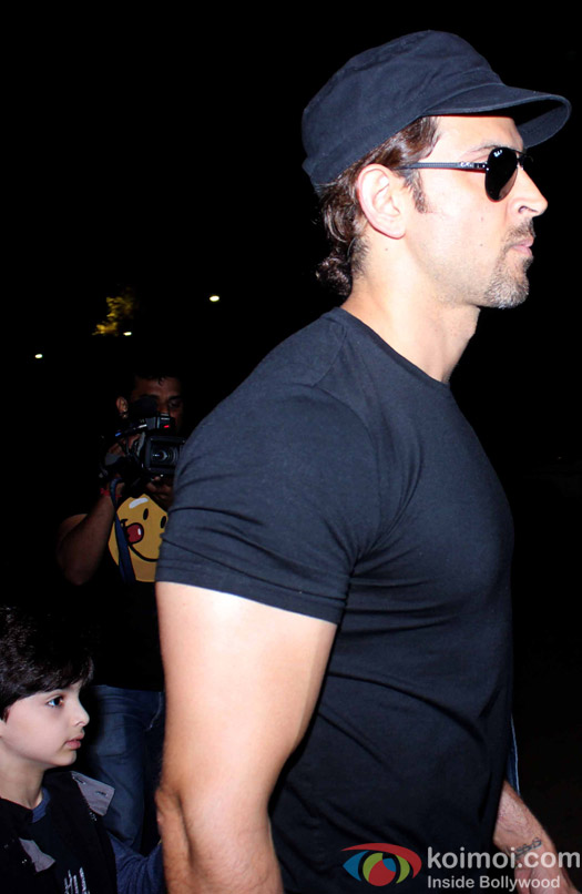 Hridaan and Hrithik Roshan snapped at Airport