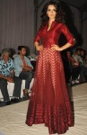 Kangana Ranaut looked stunning in a red ethnic dress