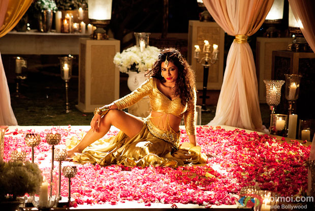 Chitrangada Singh's Exclusive Look for 'Gabbar Is Back'