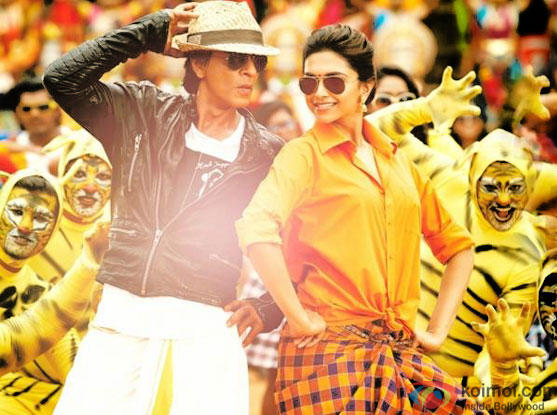 Shah Rukh Khan and Deepika Padukone in a still from movie 'Chennai Express'
