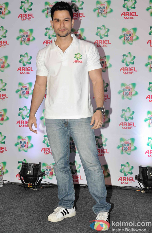 Kunal Khemu during the launch of Ariel Men and Women Wash Care Label