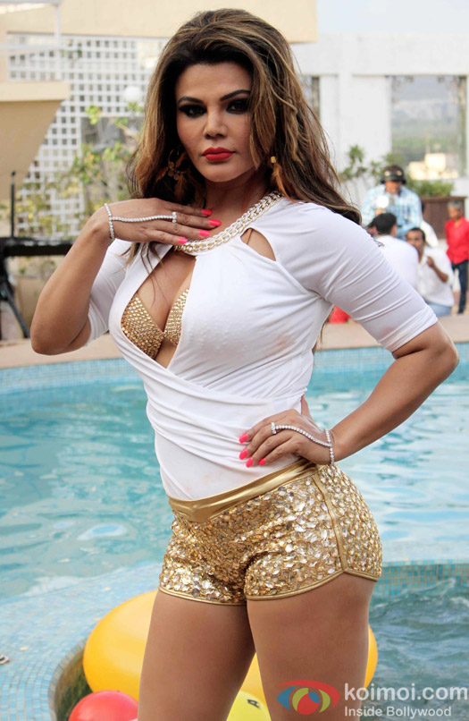 Hot and sexy images of rakhi sawant