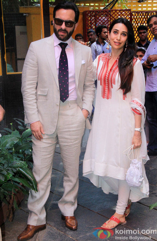 Saif Ali Khan and Karishma Kapoor during the Shashi Kapoor awarded with Dadasaheb Phalke award