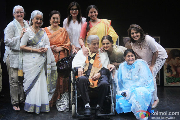 Shashi Kapoor along with Nafisa Ali, Waheeda Rehman, Asha Parekh, Zeenat Aman, Shabana Azmi, Rekha, Neetu Singh and Supriya Pathak Kapur pose for photograph after being awarded with Dadasaheb Phalke award