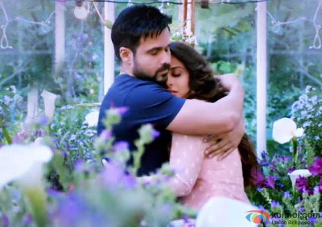 Emraan Hashmi and Vidya Balan in a still from movie 'Hamari Adhuri Kahani'