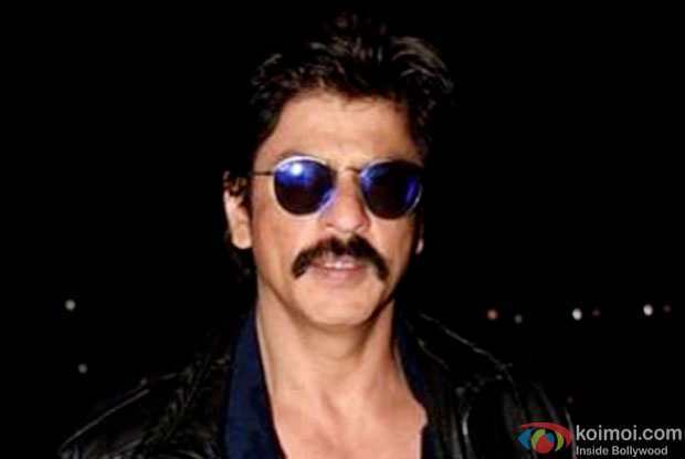SRK's New Look For Raees Revealed!