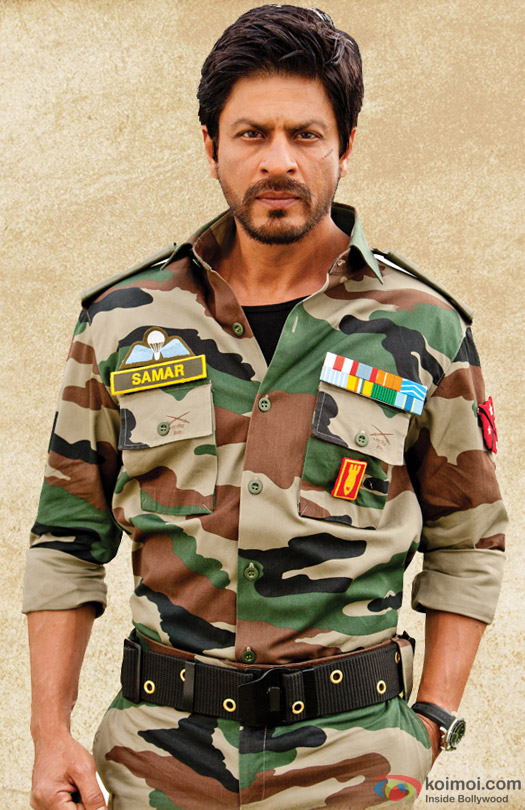 Shah Rukh Khan in a beard look still from movie 'Jab Tak Hai Jaan (2012)'