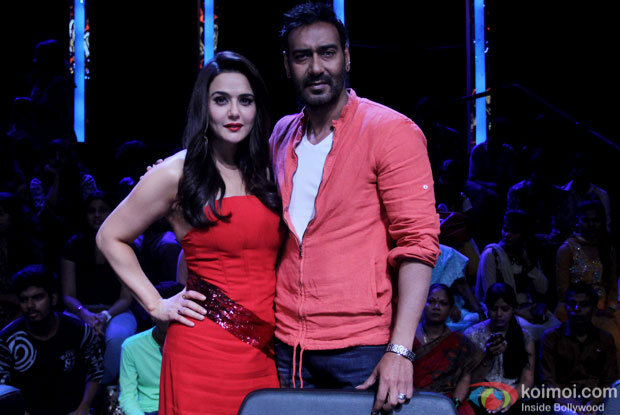 Preity Zinta and Ajay Devgn during the promotion of DRISHYAM on the sets of Nach Balliye