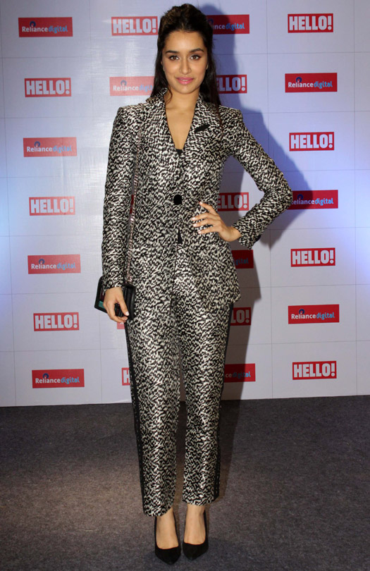 Chic : Shraddha Kapoor In Armani Suit
