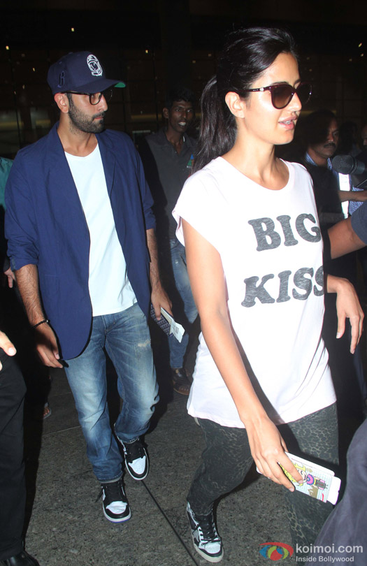 Ranbir Kapoor And Katrina Kaif Snapped At Airport