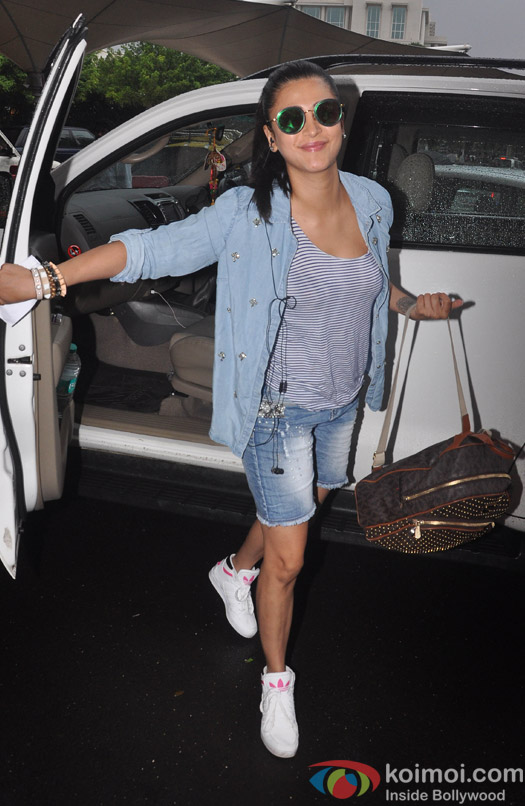 Shruti Hassan spotted at the airport