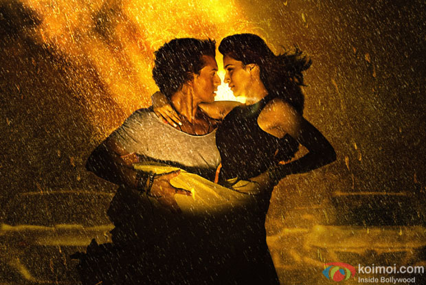Tiger Shroff and Kriti Sanon in still from 'Chal Wahan Jaate Hai' music video