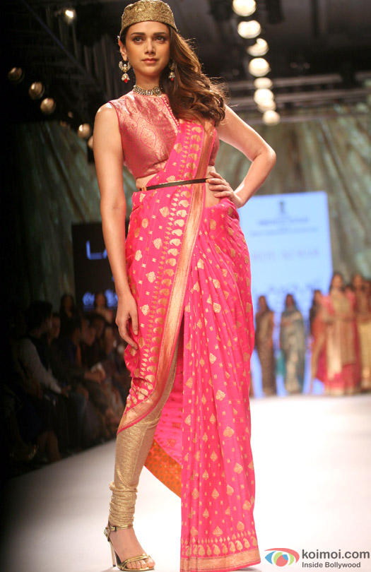 Aditi Rao Hydari walks the ramp at Lakme Fashion Week Winter/Festive 2015