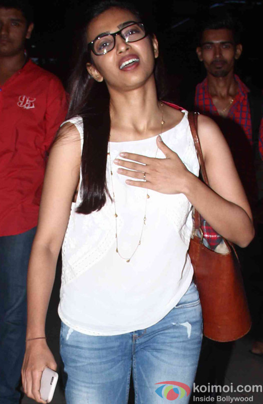 Radhika Apte Spoted at Domestic Airport