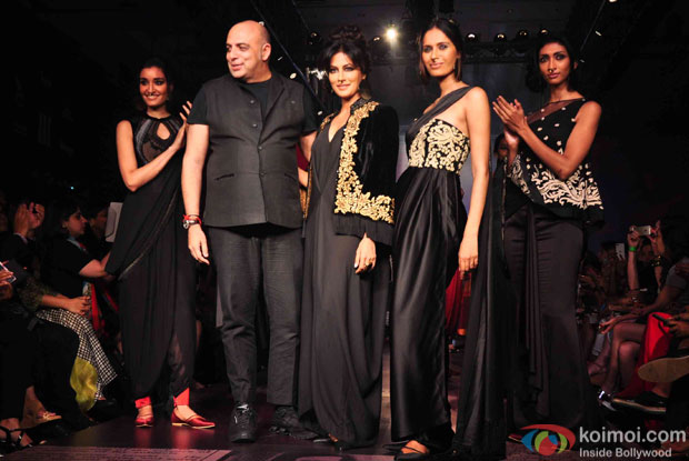 Chitrangada Singh walks the ramp during the Lakme Fashion Week Winter/Festive 2015