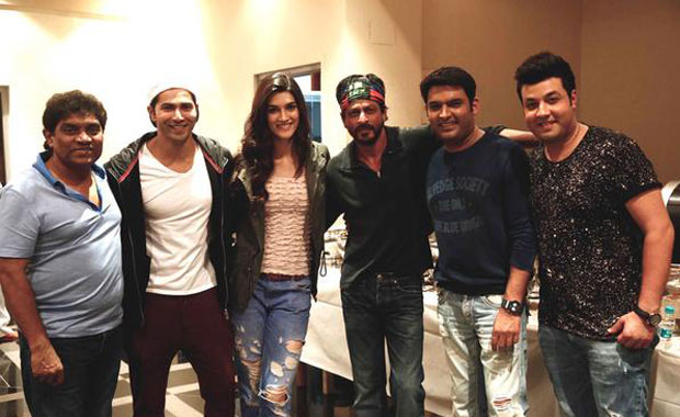 Johnny Lever, Varun Dhawan, Kriti Sanon, Shah Rukh Khan, Kapil Sharma and Varun Sharma