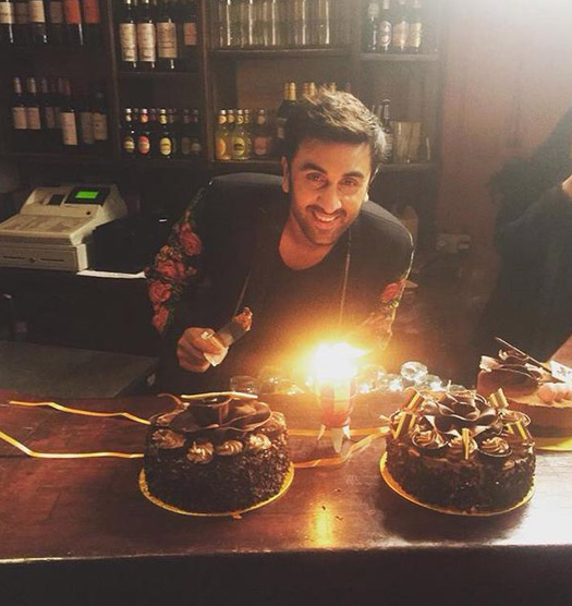 Ranbir Kapoor Celebrates His Birthday On The Sets Of 'Ae Dil Hai Mushkil'