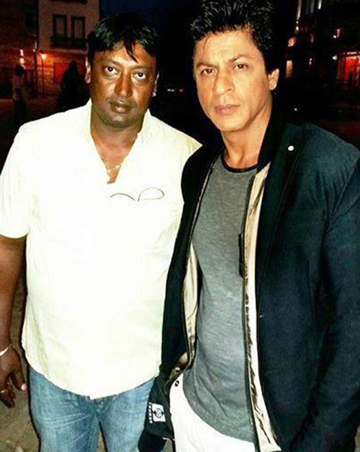 Shah Rukh Khan on the sets of movie 'Dilwale'