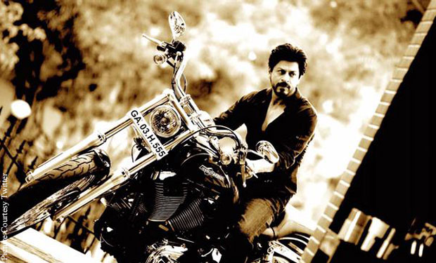 Shah Rukh Khan Rides On Harley Davidson On The Sets Of 'Dilwale'